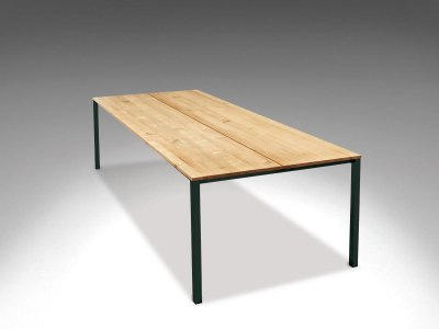 dk3 - LESS IS MORE Table - massivt træ